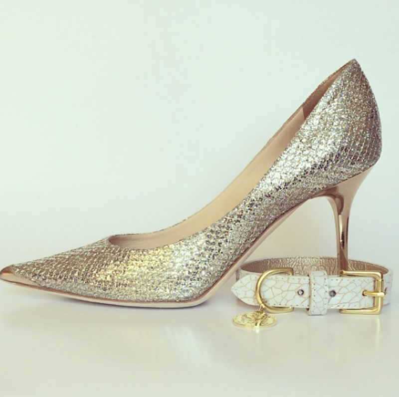 Dog Lead - Madison Avenue_Walk_White & Gold Crackled Glazed Italian Leather_Lifestyle_www.hugoandotto.com
