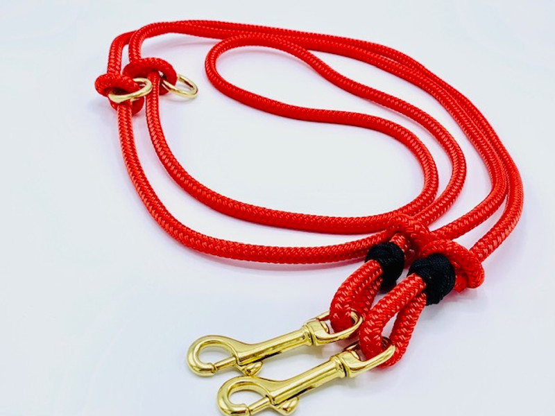 Hunters_Red_Double_Lead_2_Adjustable_Brass_Hardware_hugoandotto.com