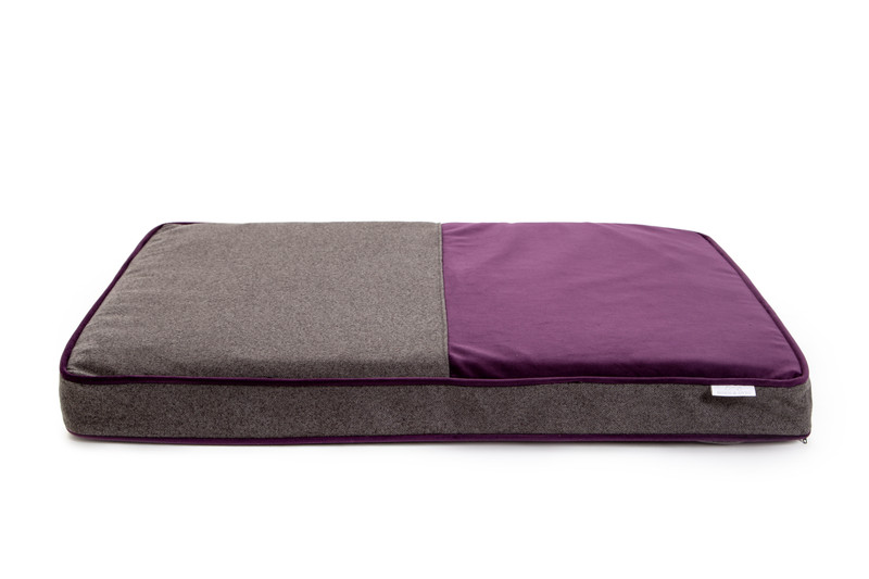 Hugo_&_Otto_Winchester_Memory_Foam_Dog_Bed_Aubergine_Anthracite_jpeg