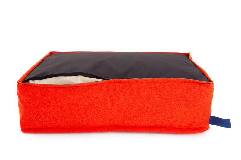 Hugo_and_Otto_Lincoln_As_Nice_As_Pie_Marmalade_Cushion_Dog_Bed_Base_Zip_Detail_jpeg