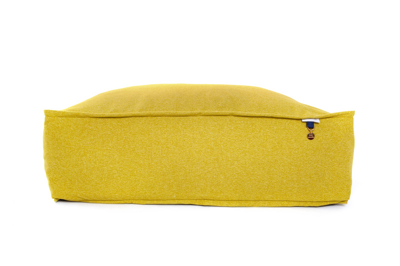 Lincoln_As_Nice_As_Pie_Cushion_Dog_Bed_Citron_png