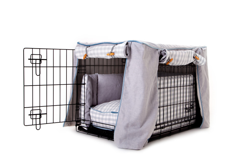 Hugo_and_Otto_Great_Tew_Cosy_Dog_Crate_Cover_jdressed_with_bumpers_&_Boxy_Cushion_peg