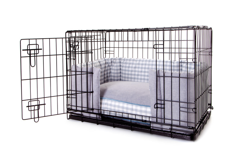 Hugo_and_Otto_Cosy_Boxy_Dog_Crate_Cushion_Plain_Top_Side_wide_opening_With_Bolster_jpeg