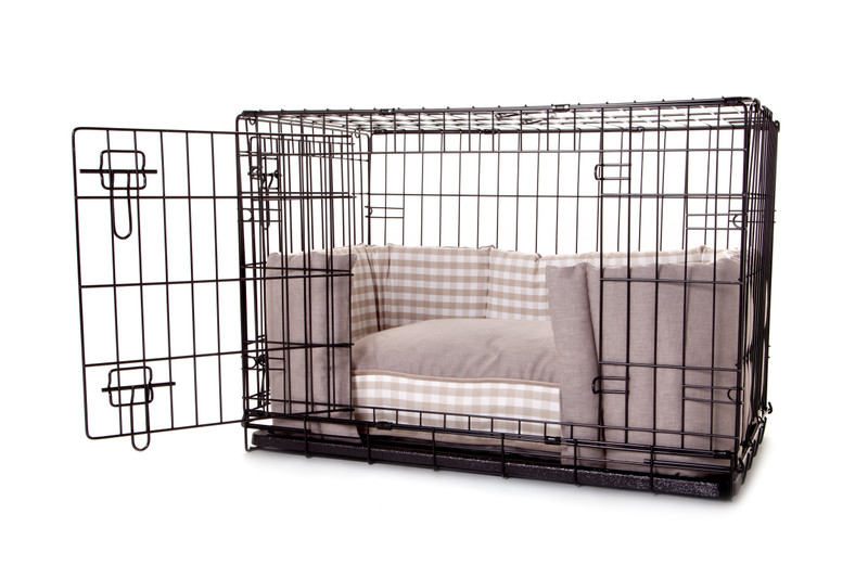 Hugo_and_Otto_Little_Tew_Cosy_Dog_Crate_Bumper_Cushion_Front_Opening_jpeg