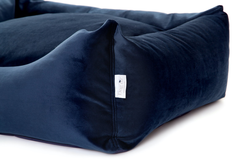 Sissinghurst_Snoozeworthy_Scooped_Front_Dog_Bed_detail_png