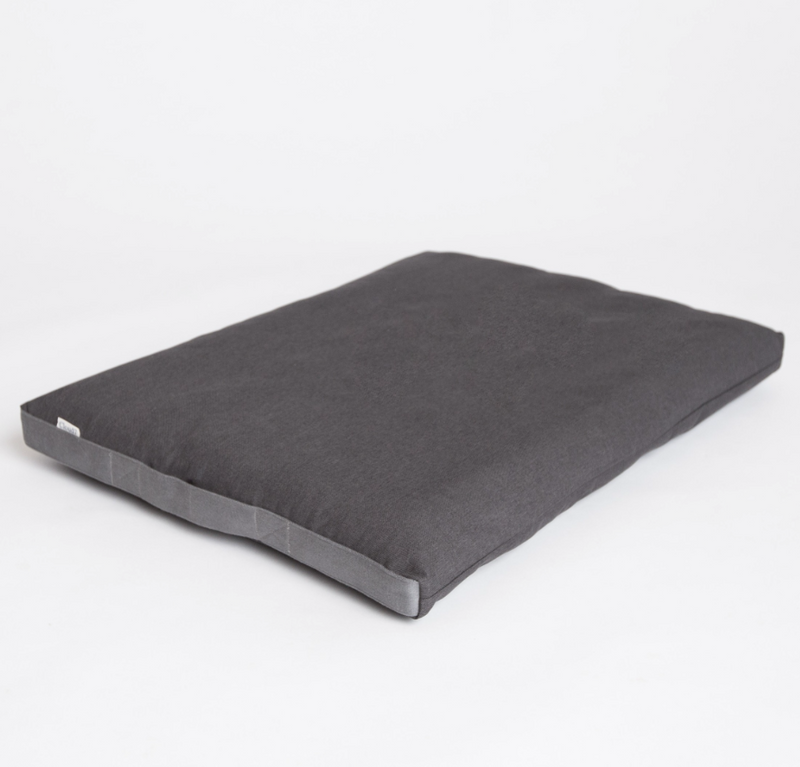 Siesta Dog Bed - Graphite Grey Waterproof_Sleep_Large_www.hugoandotto.com