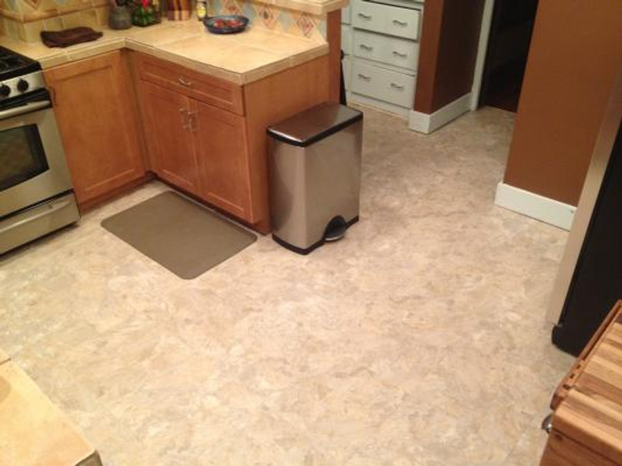 Perfection Floor Tile Fieldstone in a kitchen setting