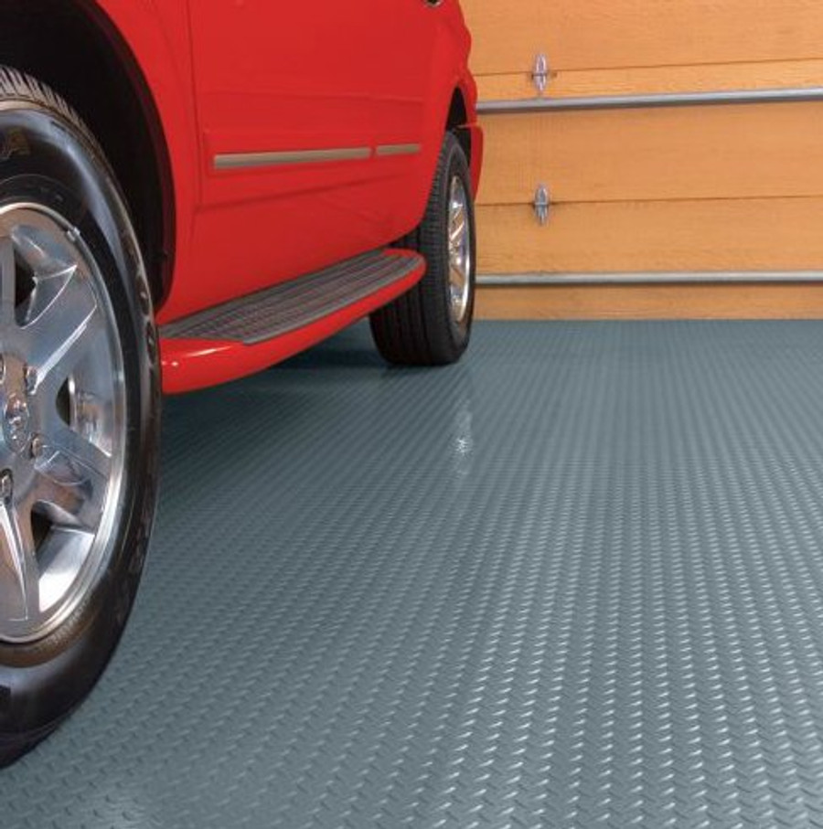 Diamond Tread Pattern Roll Out Garage Flooring