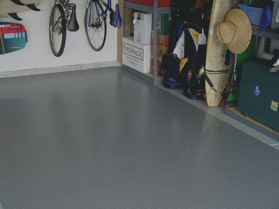Diamond Deck Roll-Out Flooring 2.9 mm Overall Thickness - Battleship Grey in a garage
