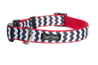 Chevron Black/Red Collar
