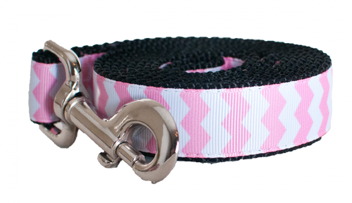 Pink Chevron Leash