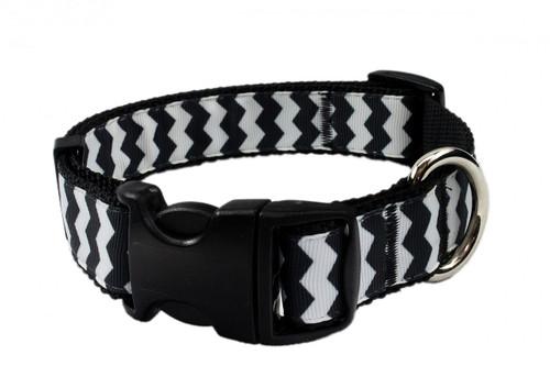 Chevron Black Collar