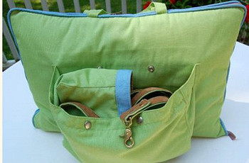 Travel Tote Pet Dog Carrier / Bed in Parrot Green