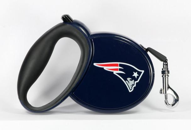 NFL New England Patriots Retractable Dog Leash