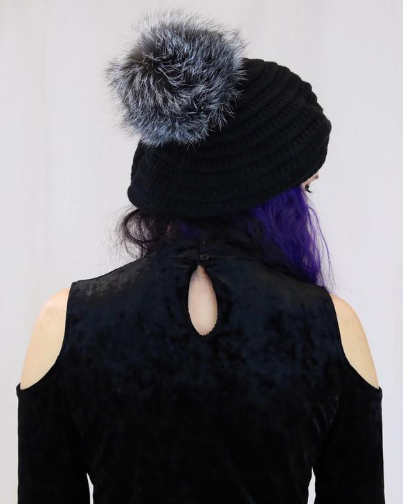Spiral Knit Beanie with Fox Fur Pom blk/bluefrost