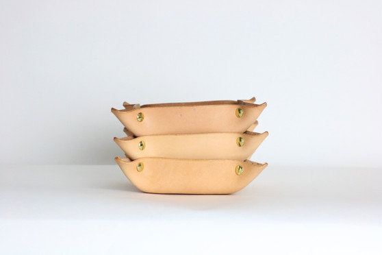 Leather Catch-all Tray: Vegetable-tanned