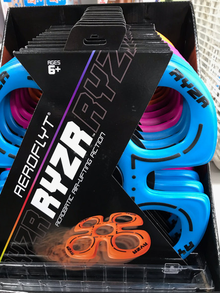 AeroFlyt Ryzr flying disc