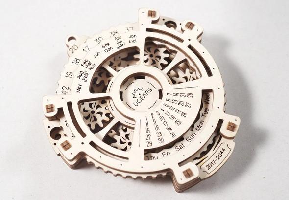 UGears: Date Navigator