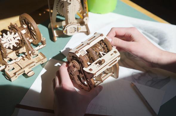 UGears STEM Lab: Gearbox
