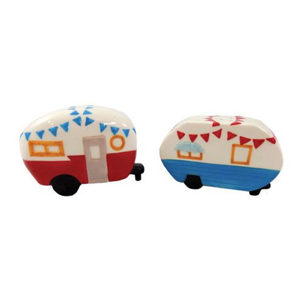 Camper salt and pepper shakers.