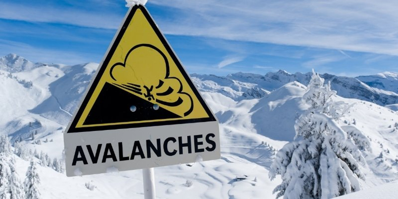 Evaluating Avalanche Terrain While Snowshoeing