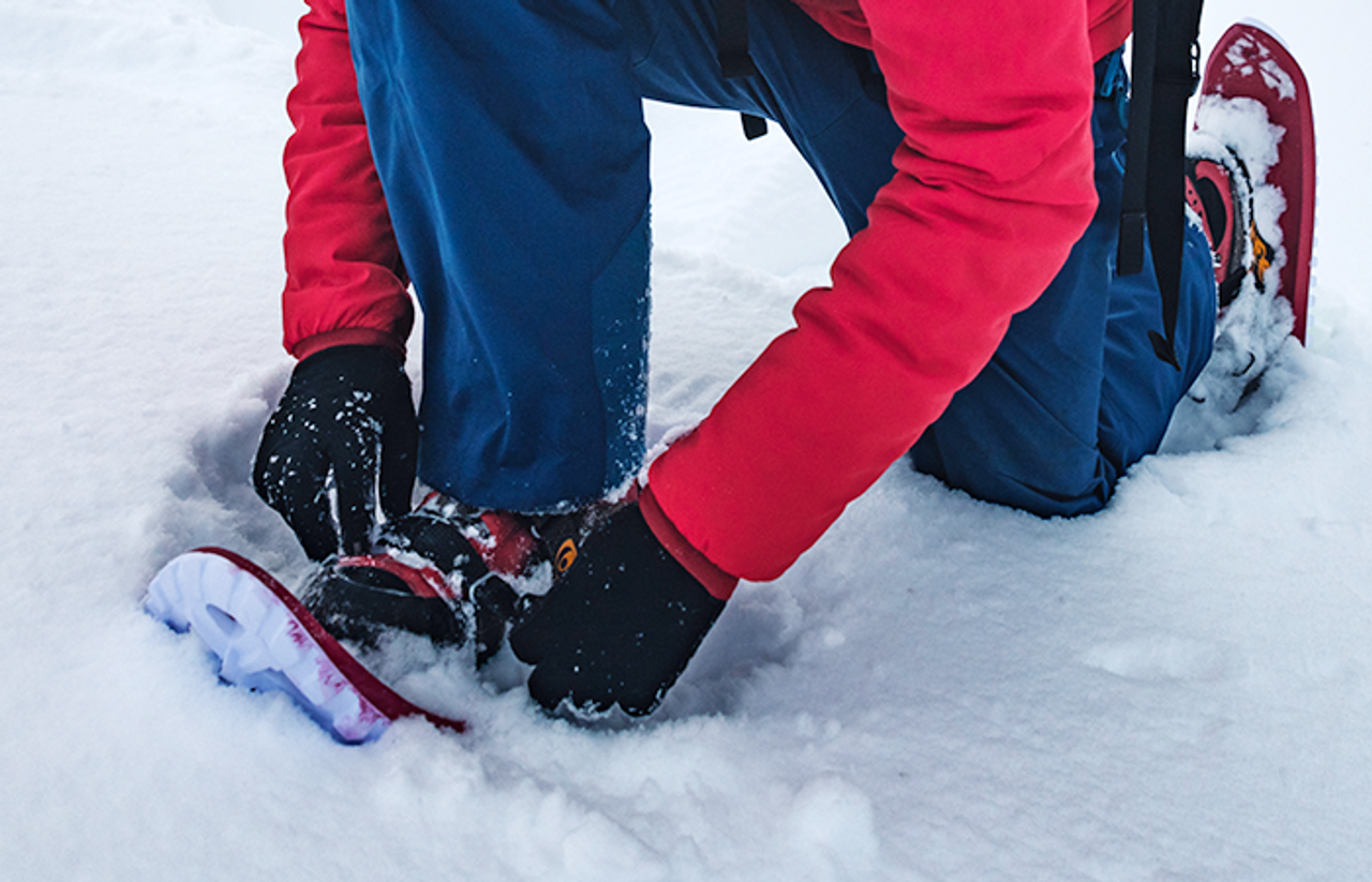 How To Properly Wear Snowshoes