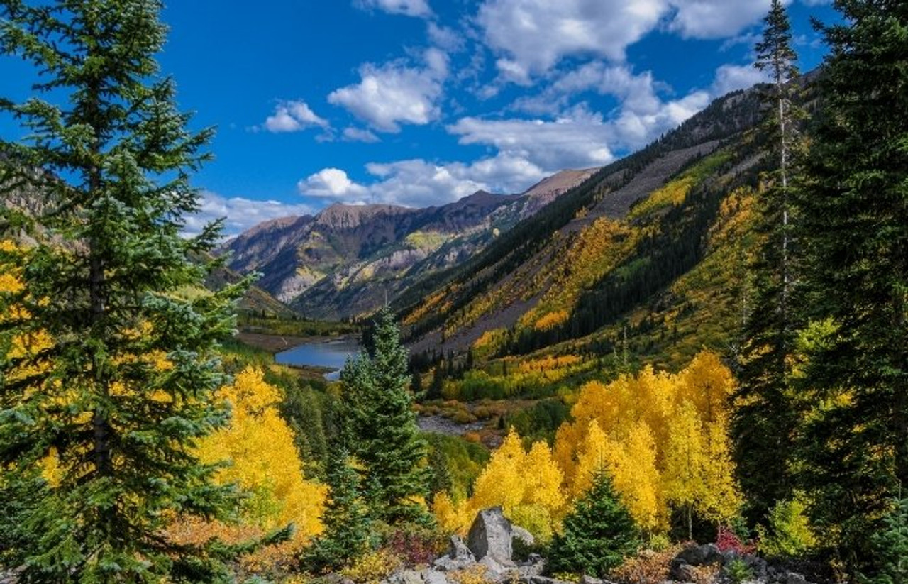 Where are the Best Fall Hikes For Families?