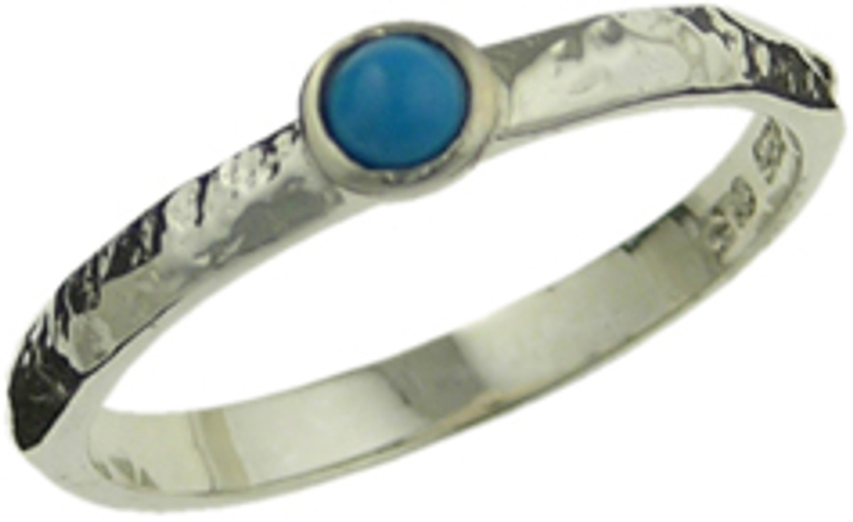Thin band with turquoise