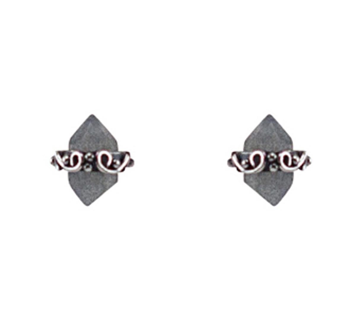 Kebaikan wrap post earring-labradorite
