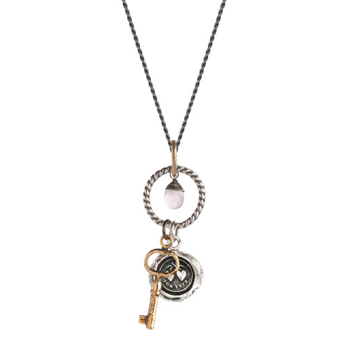 Eternal hearts necklace