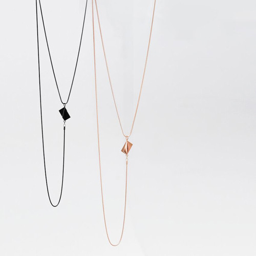 Quad twizzling layered necklace