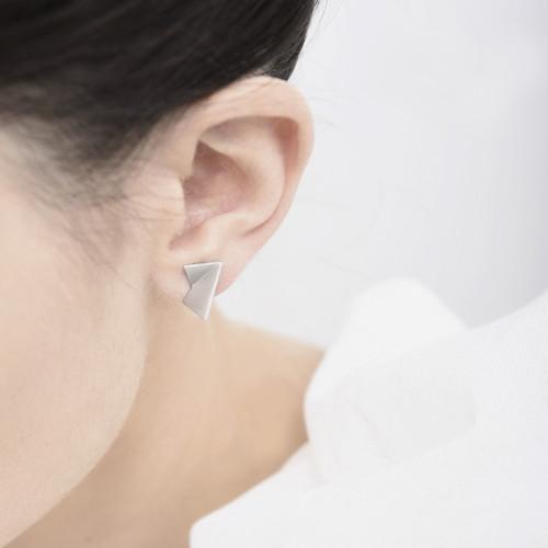 Tri fold post earring-Rhodium