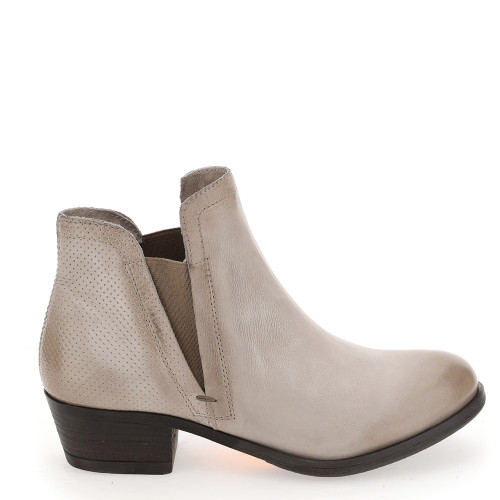 Bell ankle boot