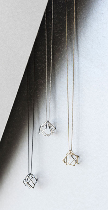 Relaxed cube long necklace-1