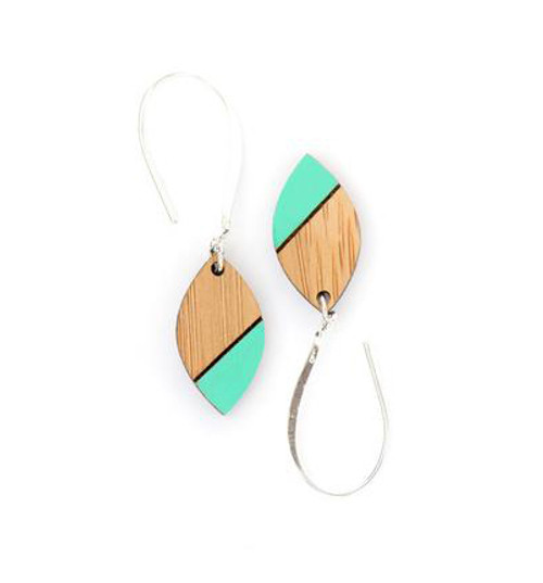 Ua earring-1