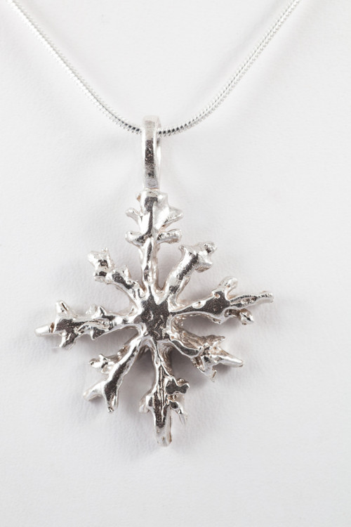 Sterling  silver 8 point pendant