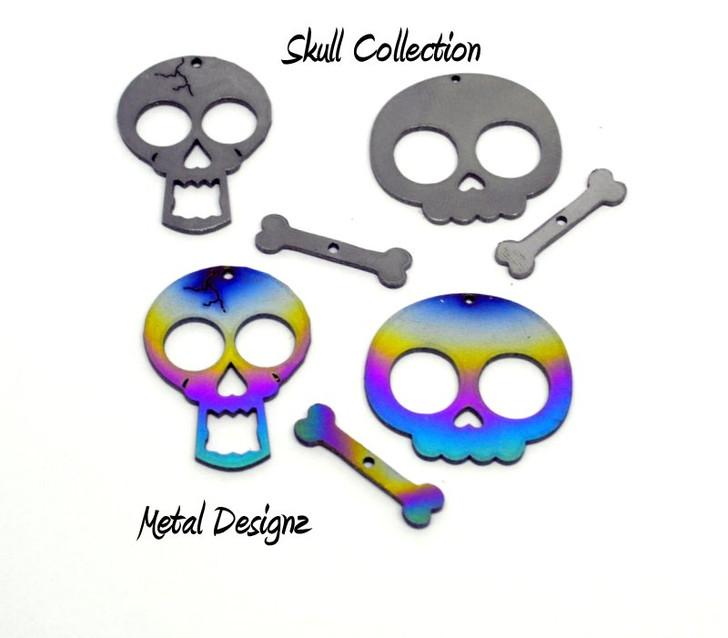 Laser Cut Titanium Toggle or Charm Findings - Skulls