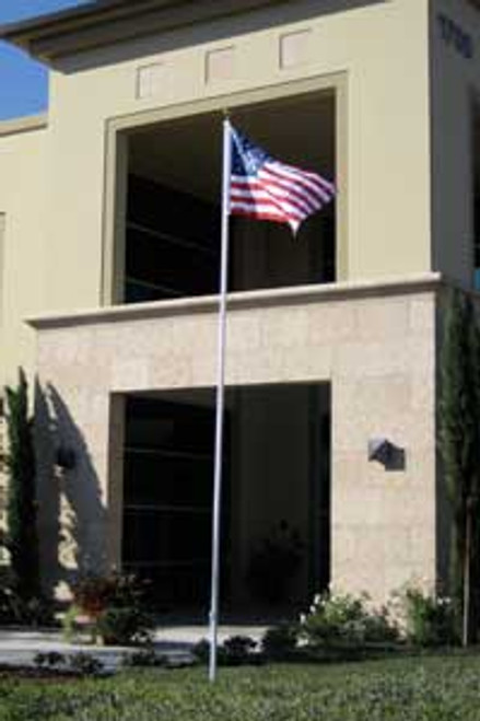 21' CLASSIC SECTIONAL FLAGPOLE W/ AMERICAN FLAG