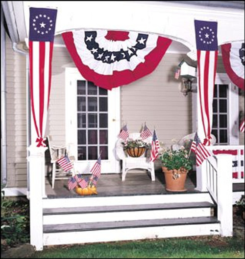 COLONIAL STYLE POLYCOTTON PULL DOWN FLAGS 16IN X 8FT TO 20IN X 12FT
