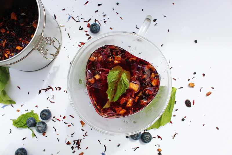 Blueberry and Basil Tonic Mocktail Recipe