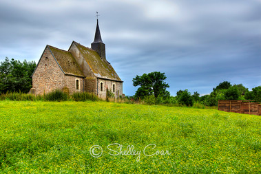 Photograph of an old chapel in the Belgian countryside near Hoegaarden by Shelley Coar.