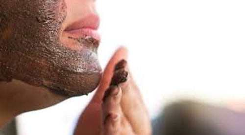 Red clay found anywhere from Georgia to Morrocco is extremely high in iron and effective for a skin detox. Once applied to the skin, red clay binds impurities and dirt into its paste until dried. Its drawing abilities make it a great toner and cleanser for acne-prone, oily, and problem skin.