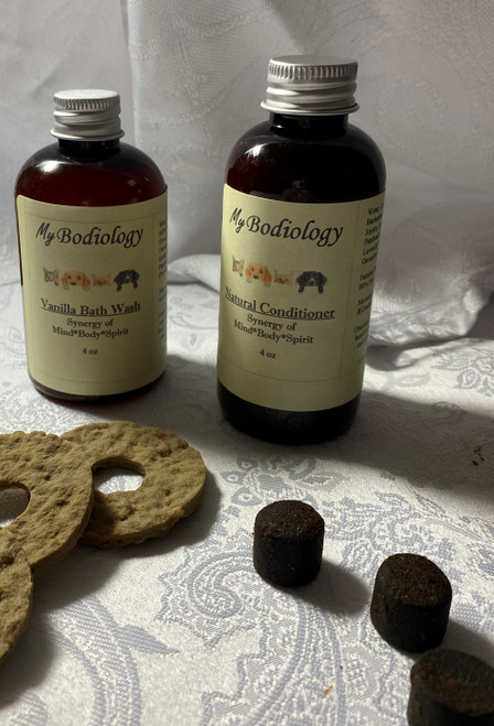 Pet Shampoo & Conditioner Free CBD Treats with every order 4 oz each
