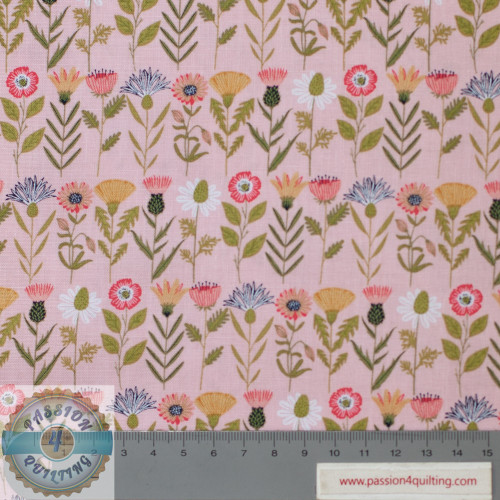 Daisy Mae Wild Flowers Design 107 per 25cm