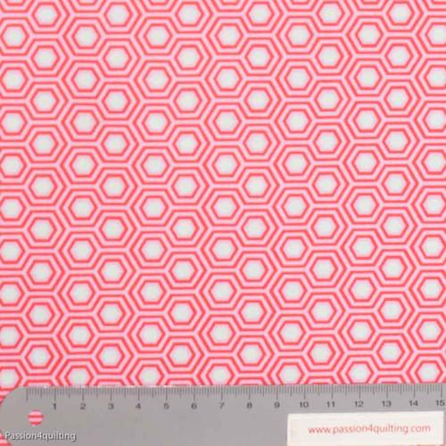Tula Pink Hexy Flamingo Pink per 25cm