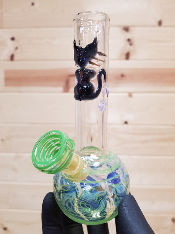 SAND TO HAND - Mini Bong Water Pipe w/ Wrap and Rake Artwork - Cat/Green