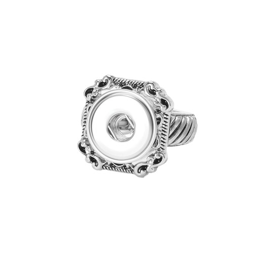 Ginger Snaps Petites Square Scroll Ring