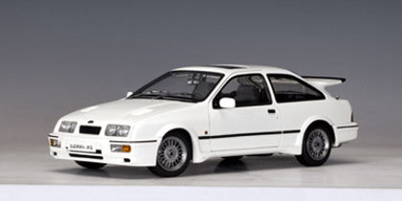 72862 Ford Sierra RS Cosworth White
