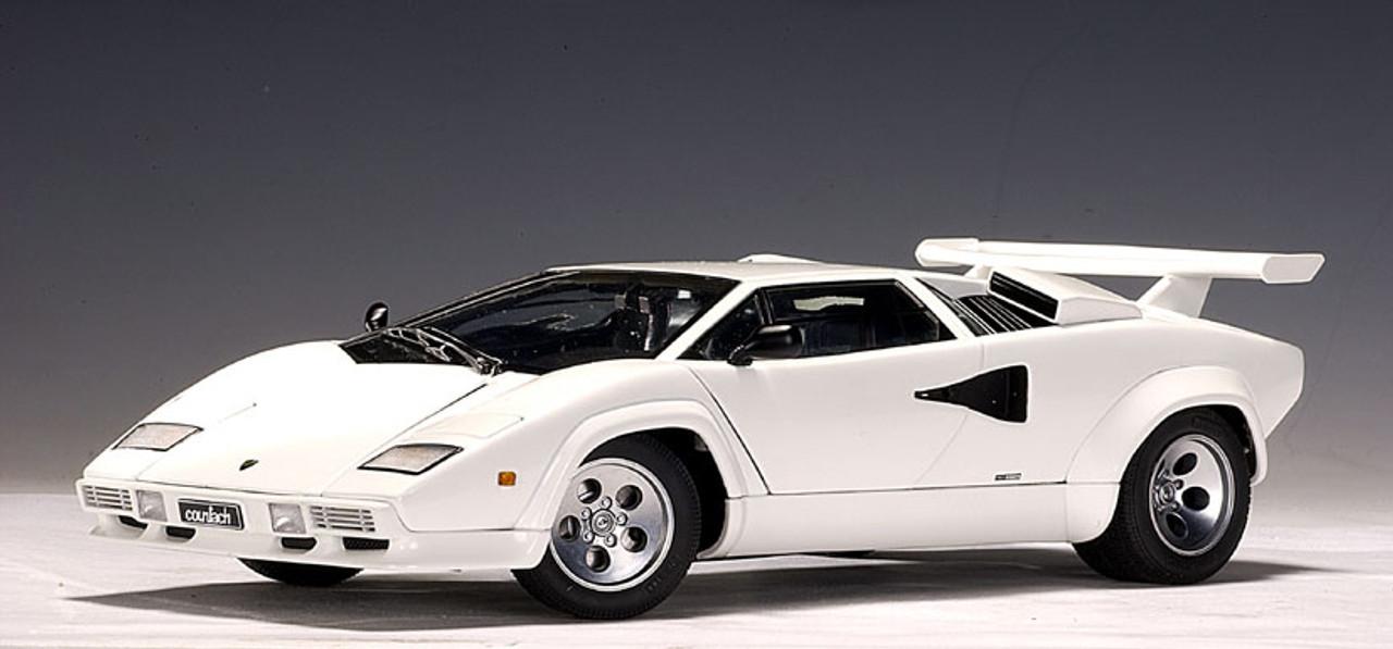 Lamborghini 74532 Countach 5000s Autoart Spares