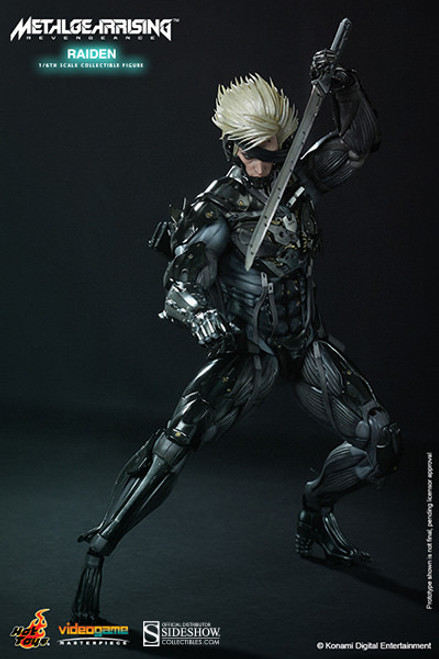 RAIDEN Metal Gear Rising: Revengeance 1:6 Sixth Scale Figure by Hot Toys  VGM17_Sealed Shipper